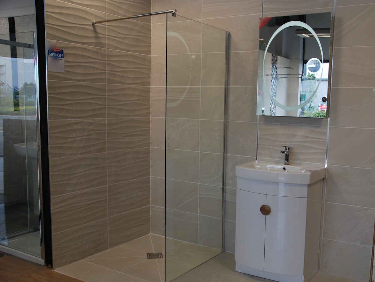 Bathroom showrooms shrewsbury - Wetrooms In Shrewsbury
